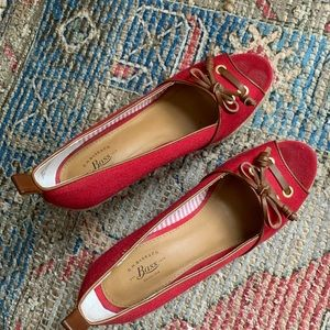 Bass red wedges